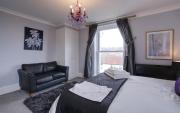 Amethyst Room towards Sofa
